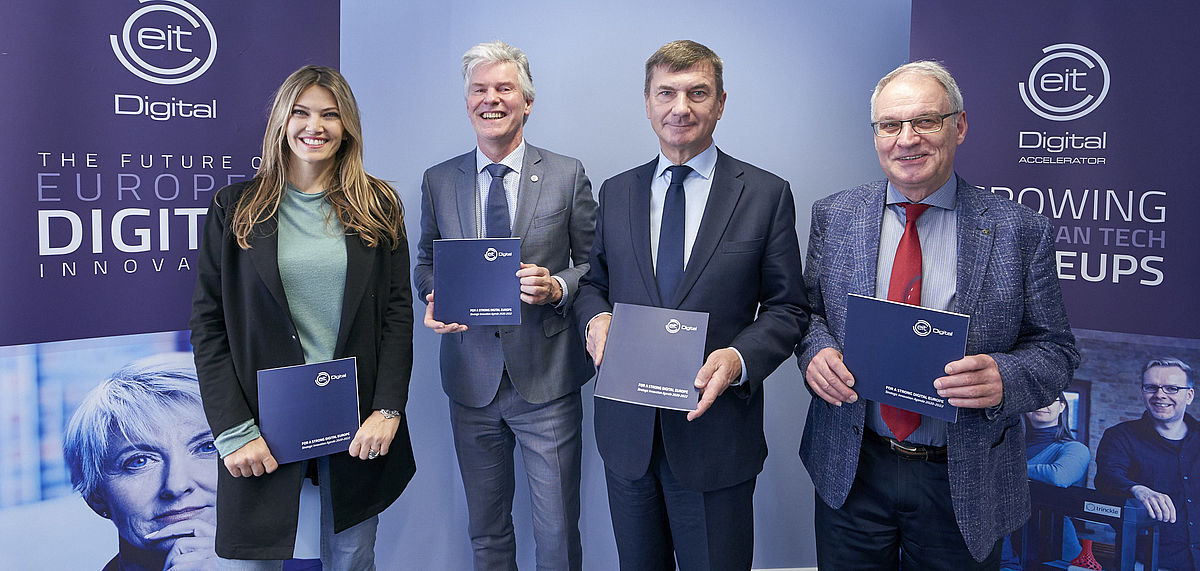 Left to right: Eva Kaili, Willem Jonker, Andrus Ansip, Raymond Freymann